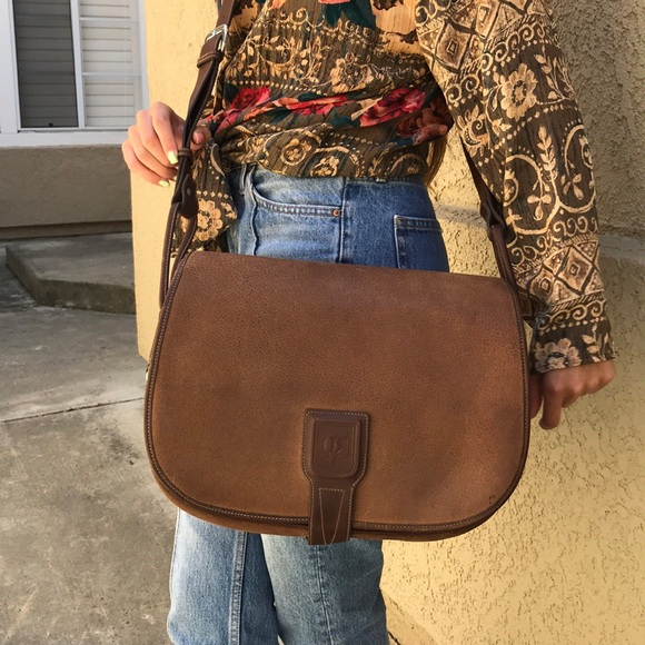 a66b443ed21d Gucci Bags | Vintage Dark Brown Leather Messenger Bag | Poshmark